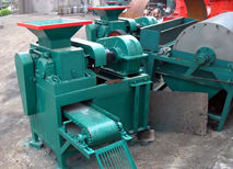 Wet Powder Briquetting Machine